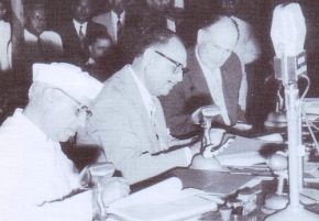 Pt Nehru and Ayub Khan signing the Indus Water Treaty in 1960 in Karachi