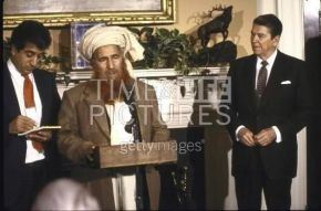 Lest we forget: Jalaluddin Haqqani with US Prez Reagan