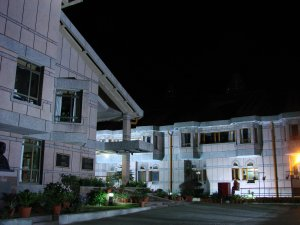 lal_bahadur_shastri_national_academy_of_administration2c_mussoorie2c_at_night