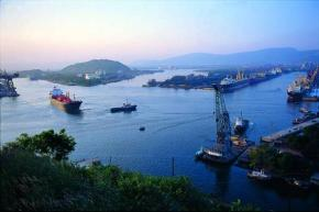 Vizag Port/file photo: wiki